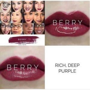 Berry Lipsense color